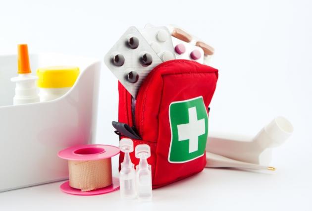 Botiquín de primeros auxilios para viajar con niños